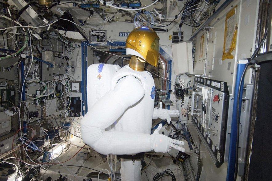 Робот-астронавт стал лучшим изобретением года