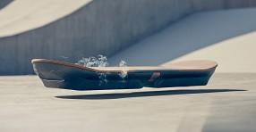 Lexus анонсировала летающую доску из «Назад в будущее 2»