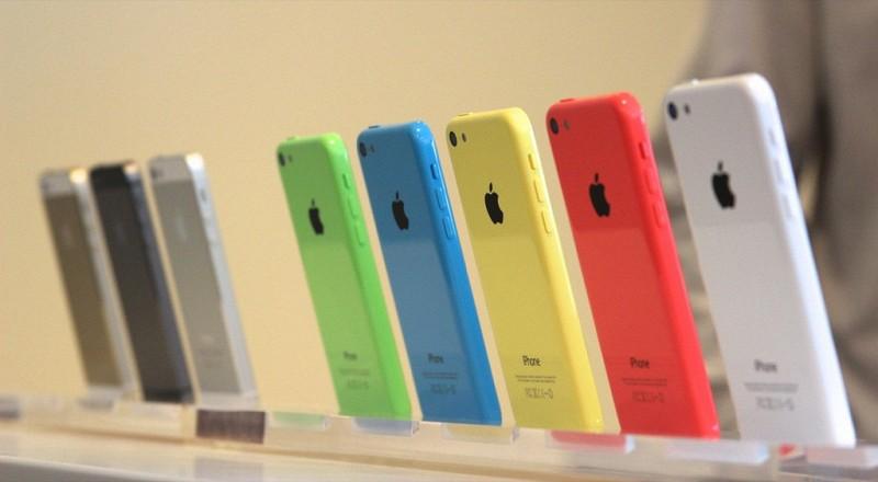 iPhone 5c продается в России почти в 5 раз хуже iPhone 5s