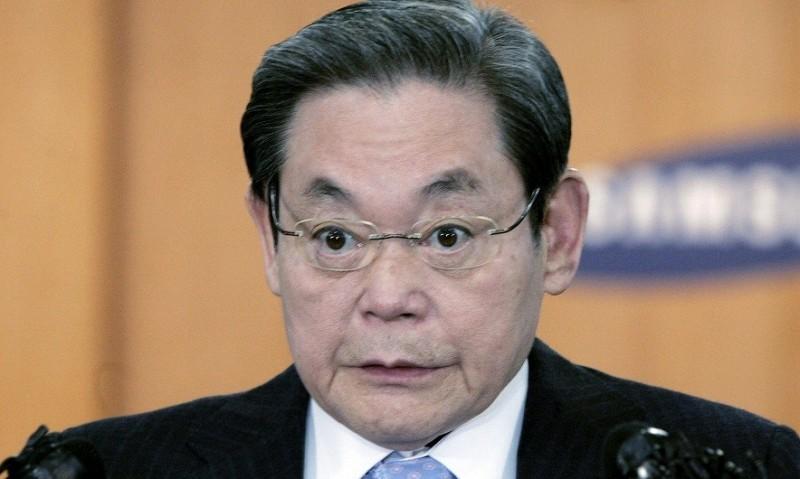 Глава Samsung вышел из комы