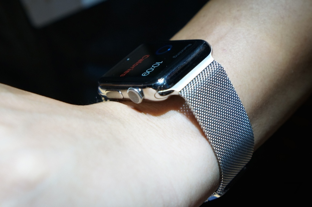 Умные-часы Apple Watch фото