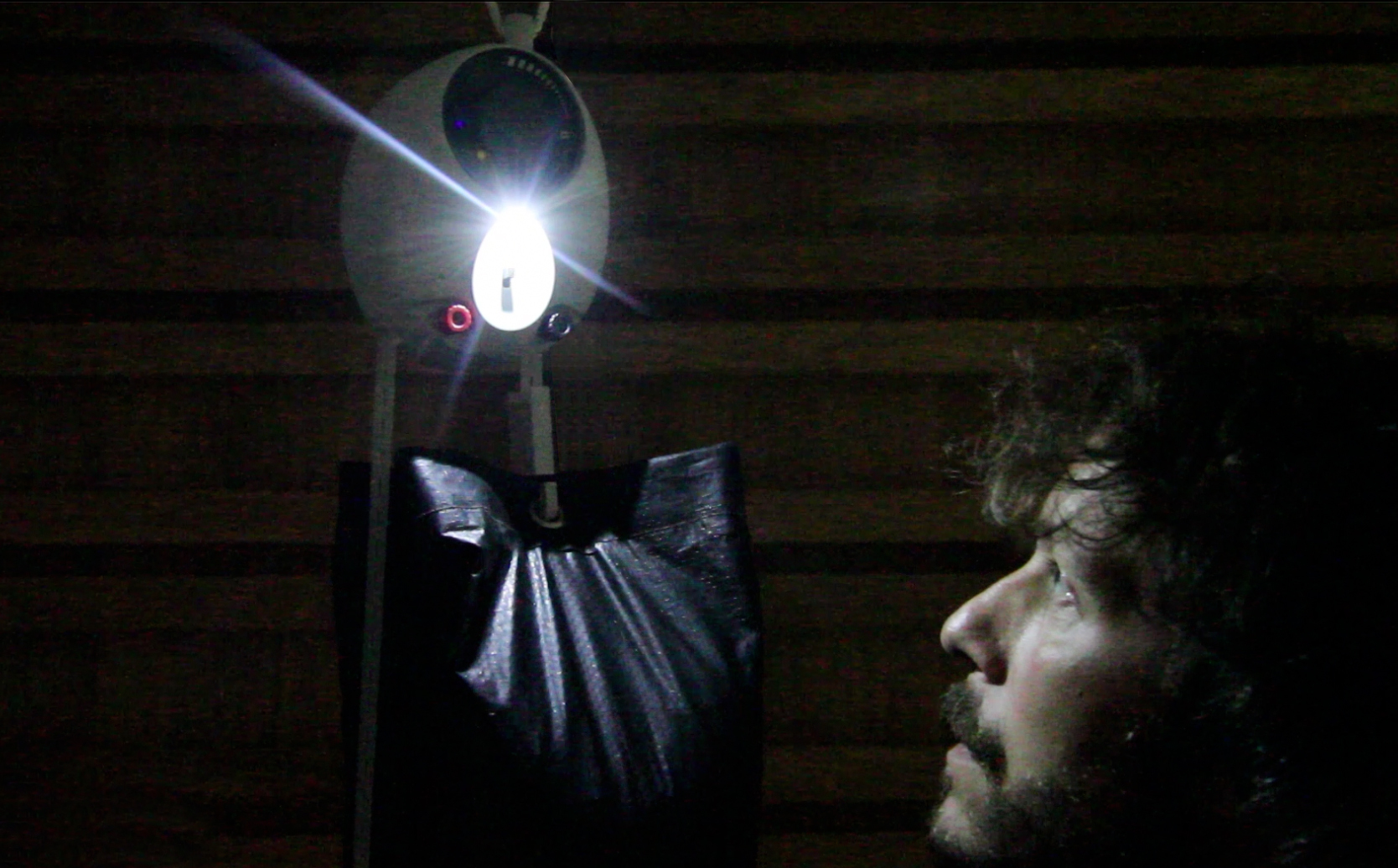 Гравитационная лампа GL02 в действии